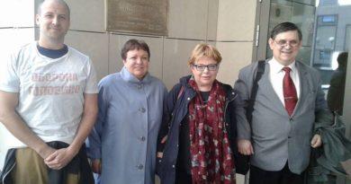 Независимый депутат Ирина Галкина и «Оборона Головино» выиграли суд у единоросски Архипцовой