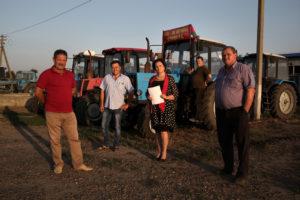 Поднявшаяся целина. Краснодарские фермеры оторвались от земли, которую отбирают суды. «Тракторный марш» продолжается в СИЗО