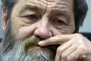 Суд указал на необходимость отвода адвоката Сергея Мохнаткина, потому что он  нарушает право обвиняемого на защиту